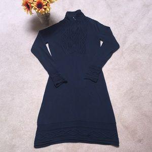 🌻ATHLETA SAWTOOTH SWEATER DRESS SIZE SMALL🌻